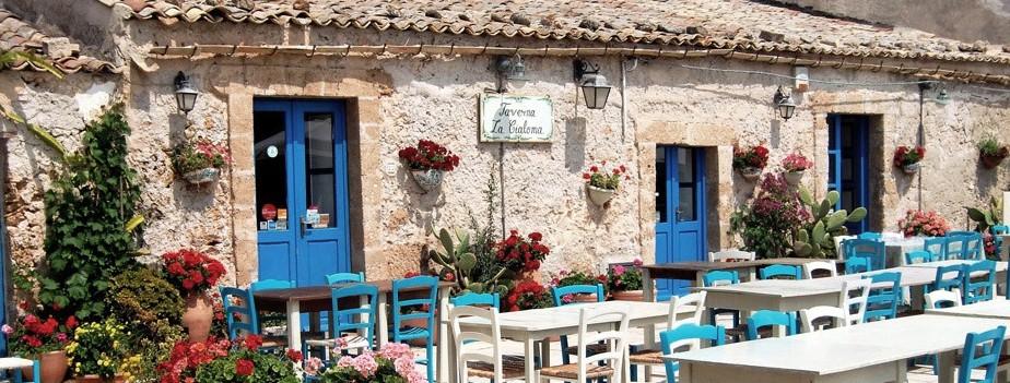 Sicilia Orientale: il borgo marinaro di Marzamemi, un set cinematografico